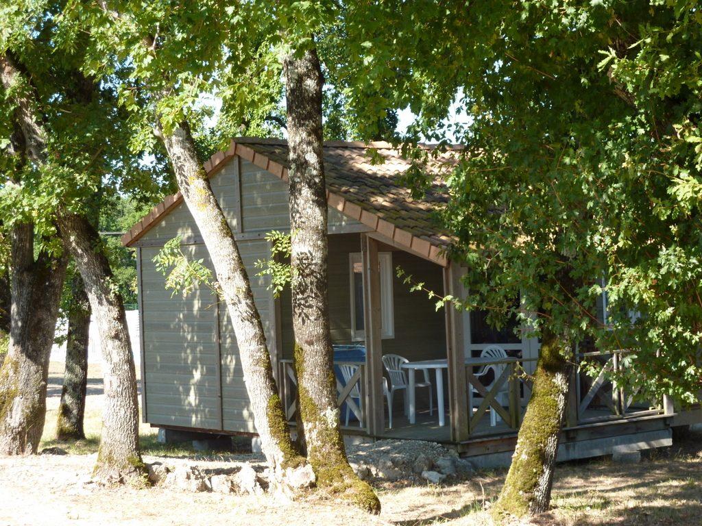 033073adb572c1 Les Chalets de Dordogne au sud de Bergerac dans le Périgord
