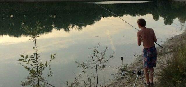 Pêche dans un lac